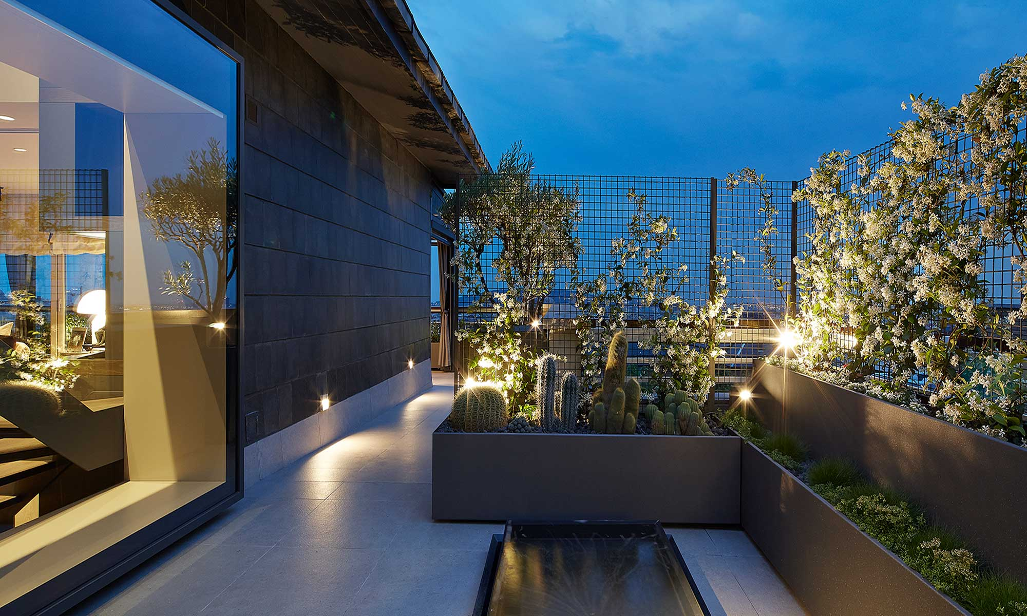 Urban garden design night | Molins Design interior designers