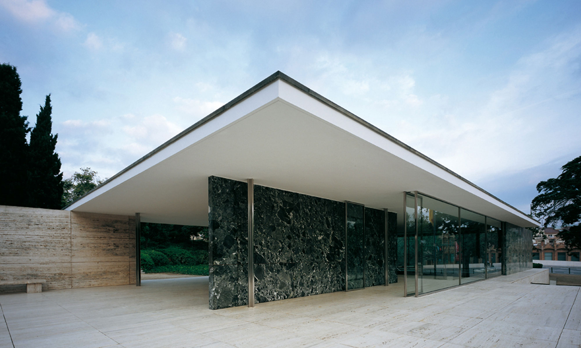 Pabellon Mies Barcelona Bauhaus | Molins Design interioristas